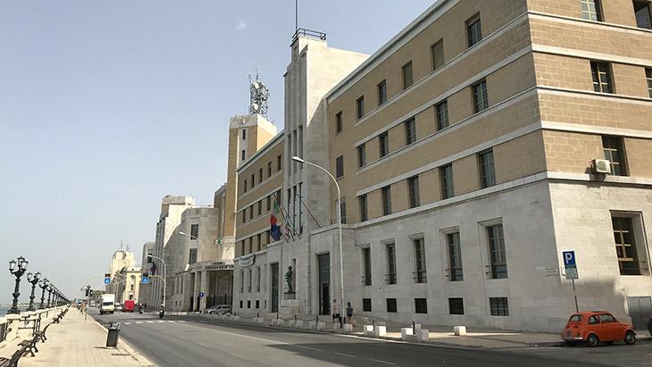 Scuola, Ordinenza Puglia: Didattica Digitale Integrata fino a venerdì 15 gennaio 2021