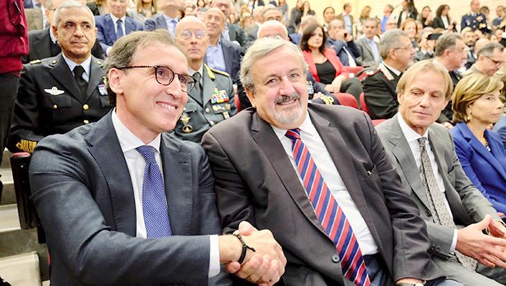 Il presidente della Regione, Michele Emiliano con il ministro per gli Affari regionali, Francesco Boccia